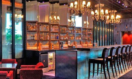 The Blue Bar - Taj Palace Hotel Reviews: Ratings of The Blue Bar ...